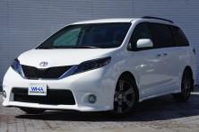新車 TOYOTA / シエナ